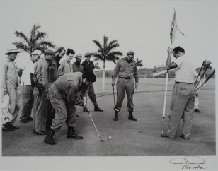 Fidel and Ché playing Golf at as Villarreal Heights - frequently misquoted as Cubanacán