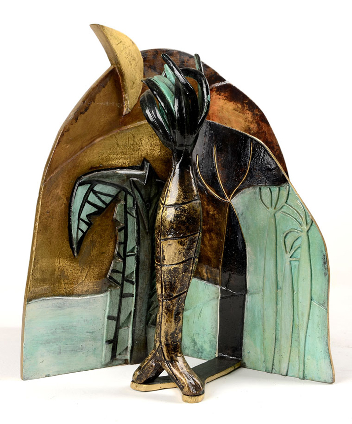 La sombra de la palma (Sculpture) by Flora Fong