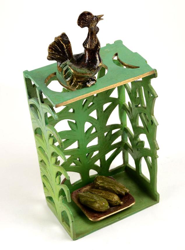 Maizal (Sculpture) by Flora Fong